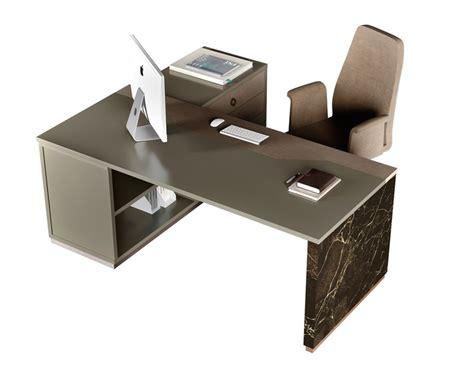 scrivania con alzata scrivania ad angolo in legno in stile moderno con alzata