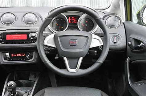 Seat Ibiza Sport Interior by Seat Ibiza 1 4 16v Sport 3dr Review Autocar