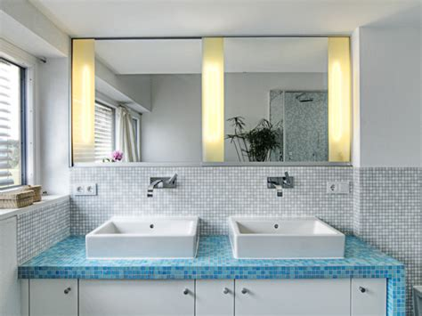 luxus badezimmerspiegel led beleuchtung home idea spiegel beleuchtung bad led bad spiegel badezimmerspiegel