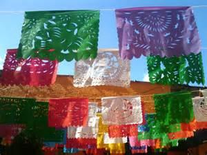 Mexican Decorations by Una Tiene Que Comer A Got To Eat A Cinco De