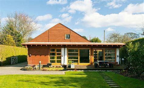 1930s house renovation 1930s bungalow reinvented homebuilding renovating