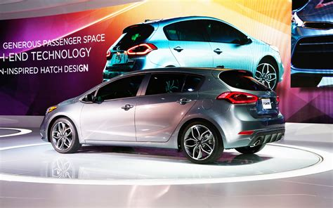 2015 Kia Hatchback by 2015 Kia Forte Hatchback Pictures Information And Specs