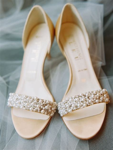 bridal sandals with pearls 32 chic and comfy wedding sandals ideas weddingomania