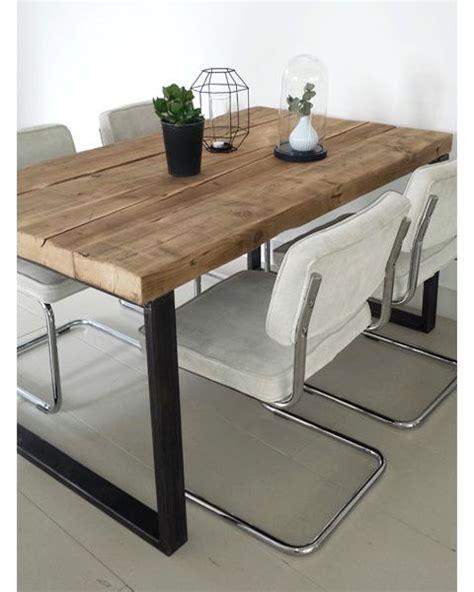 robuuste eettafel met staal eettafel timber oude balken met robuust stalen frame