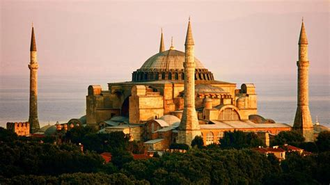 famous religious buildings   world
