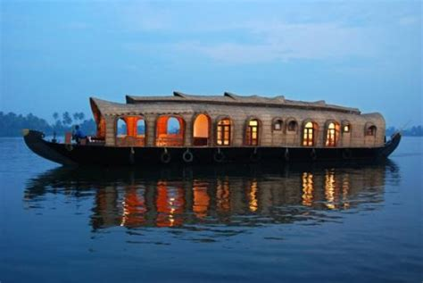 boat house stay in alleppey deluxe house boat stay at alleppey alleppey tripplatform