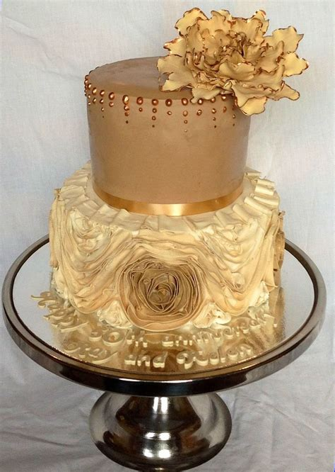 Golden Wedding Cakes by Golden Wedding Anniversary Cake Floral Cakes