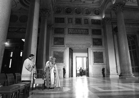 porta di roma apertura giubileo il rito di apertura della 171 porta santa