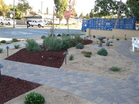 Backyard Creations Orange County Garden Grove Succulent Front Yard Contemporary
