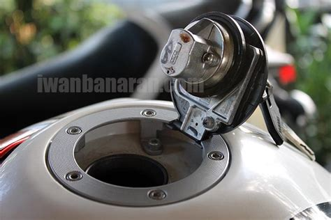 Cover Tank Tutup Tangki Honda Mobolio Model Sporty 1 iwanbanaran all about motorcycles 187 mekanisme tutup