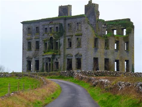 2 abandoned mansions of ireland ii more portraits of forgotten stately homes books paddy s wagon peeking into the abandoned mansions of ireland