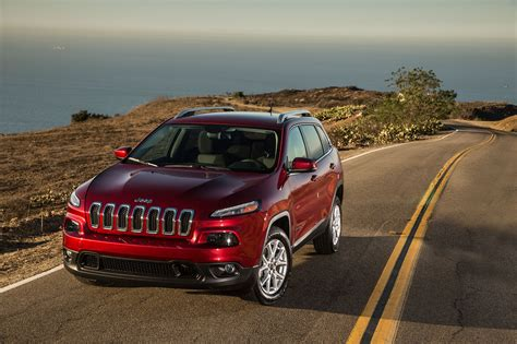 jeep cherokee 2015 2014 jeep cherokee reviews and rating motor trend