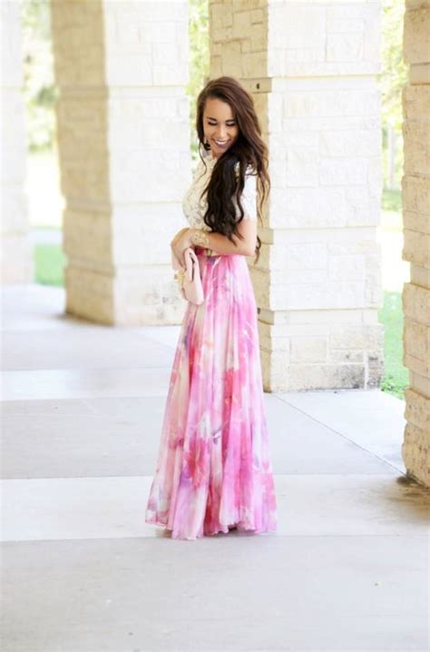 5 trendy ways to wear a maxi skirt you re so pretty