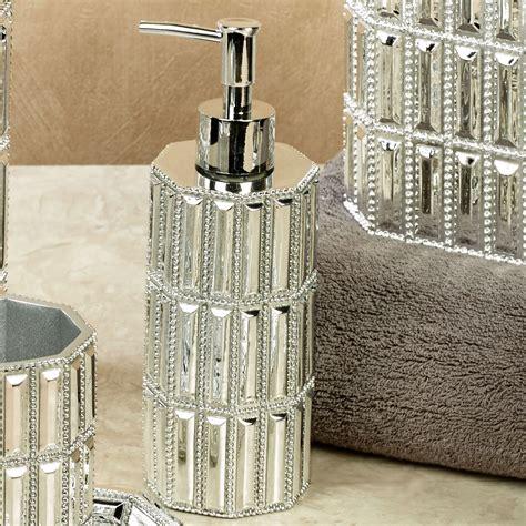 glitz silver bath accessories