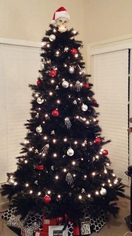unique black christmas tree decor ideas digsdigs