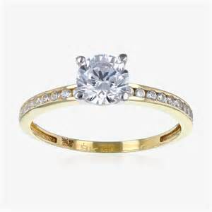 Torino 9ct gold diamonflash 174 cubic zirconia solitaire ring