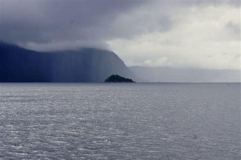 fjord zout water foto s van de magnifieke noorse fjorden