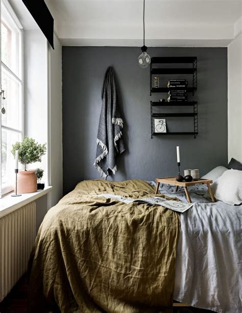 25 best ideas about grey bedroom walls on pinterest 25 best ideas about long narrow bedroom on pinterest