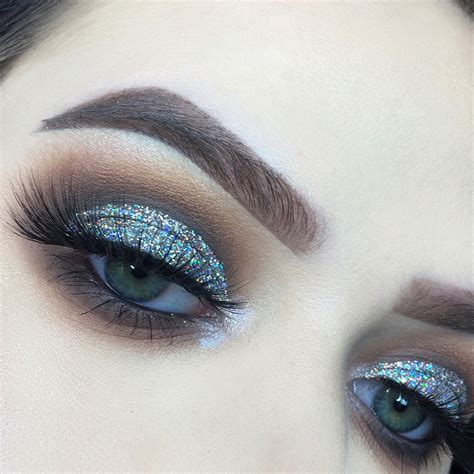 Nyx Glitter nye makeup using the abh modern renaissance palette and