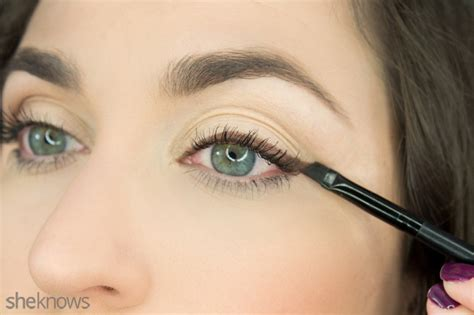 Eyeshadow Inez No 1 4 easy eyeshadow looks that only require one shade
