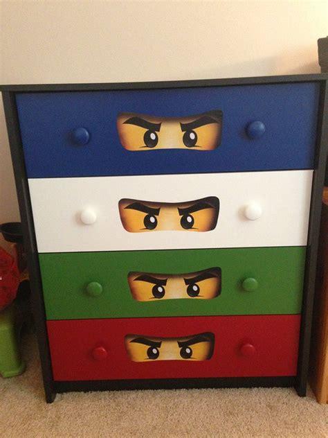 Ninjago Kinderzimmer Gestalten by Best 25 Boys Lego Bedroom Ideas On Lego
