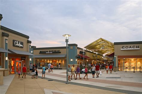 Premium Outlet Gift Card - complete list of stores located at cincinnati premium outlets 174 a shopping center in