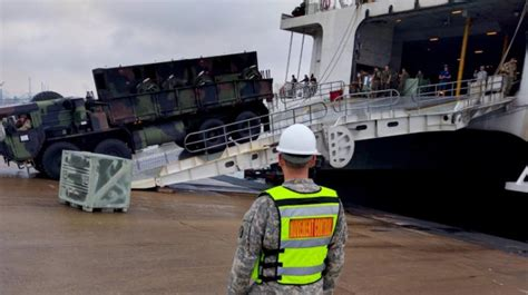 Army Car Shipping Ports 25th transportation battalion conducts joint port operations article the united states army