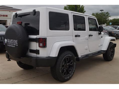 jeep smoky mountain white 2017 jeep wrangler unlimited smoky mountain 4x4 smoky