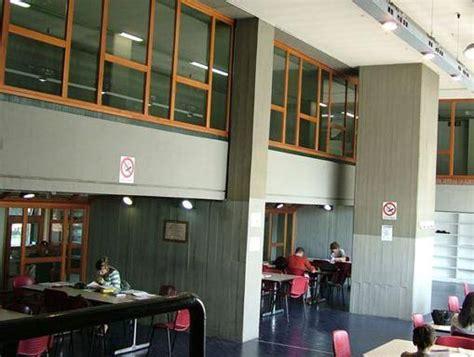 casa dello studente brescia firenze fiamme nella casa dello studente chiusa la mensa