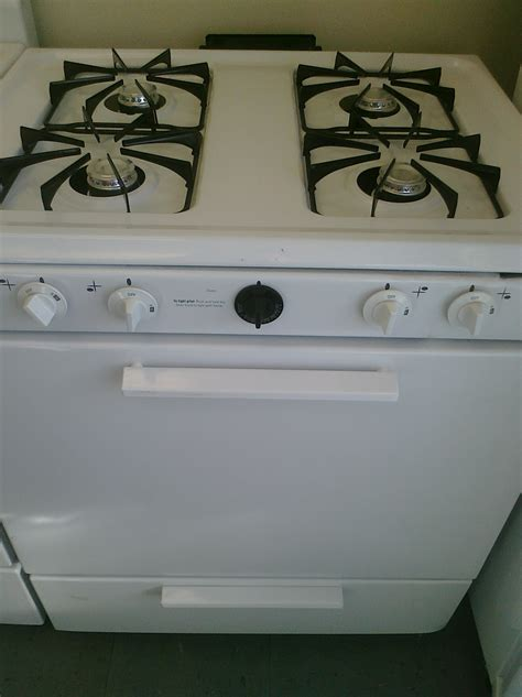 Magic Chef Gas Cooktop 3 magic chef cpr1100adw 30 gas stove white feder s outlet