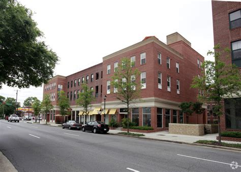 Apartment With Utilities Included In Alexandria Va The Henry Rentals Alexandria Va Apartments