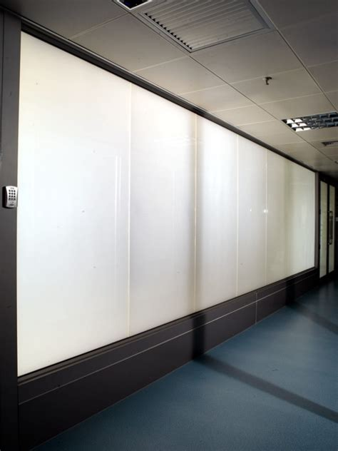 electric privacy glass bathroom switchable electric privacy glass melbourne sydney adelaide brisbane