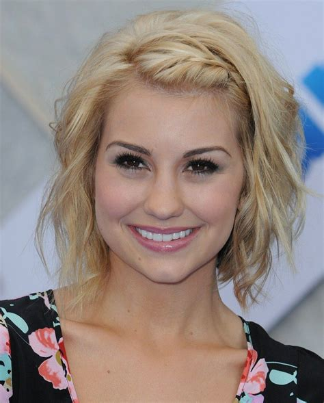 braided hairstyles with side bangs wavy bob with braided side bangs molly pinterest