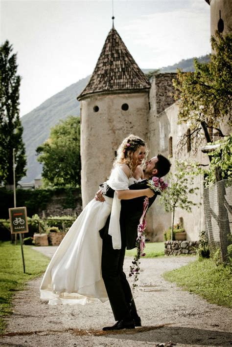 know more about italian wedding traditions italy weddings italian wedding venues the alps and northern italy