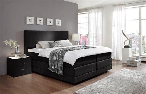 schlafzimmer mit überbau kaufen schlafzimmer mit boxspringbett einrichten deutsche dekor