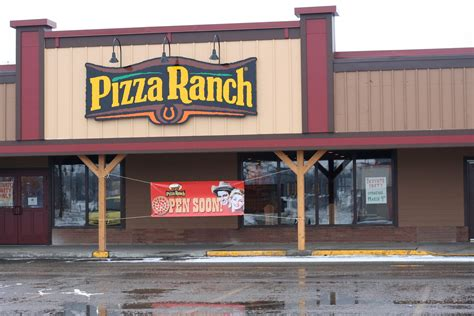 country kitchen hibbing mn pizza ranch in hibbing mn whitepages