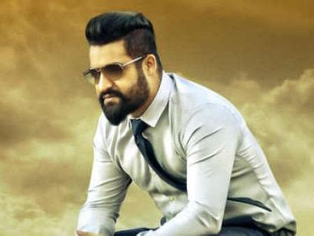 ntr biography in hindi jr ntr family photos father wife son full name biography