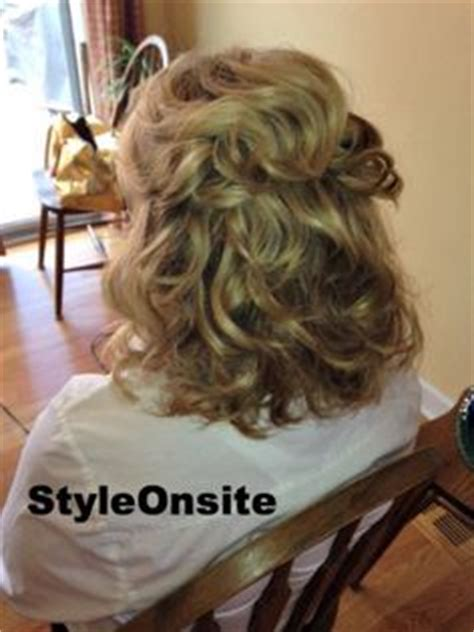 half up hairstyles for mother of the groom mother of the bride hair half up half down medium length