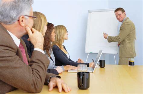 Busines Communication Komunikasi Bisnis sales presentation success 7 strategies to more deals