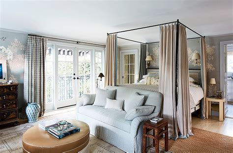 secrets from decorating insider mark d sikes tour mark d sikes s gorgeous graceful l a hideaway