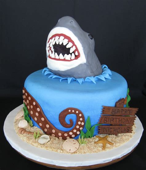 baby shark bday cake top shark cakes