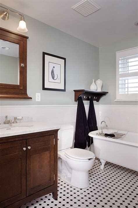 bungalow bathroom ideas 339 best images about craftsman bungalows on