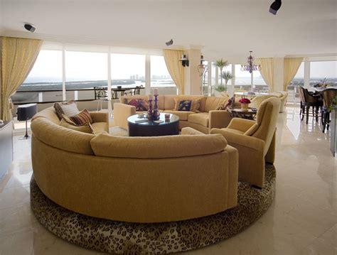 Rotating Sofa by Media Motion
