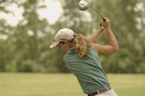 swinging golf club too hard golf golf lessons and swings on pinterest