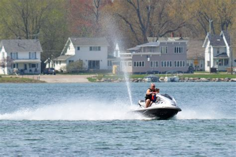 michigan boating safety certificate rules on the water