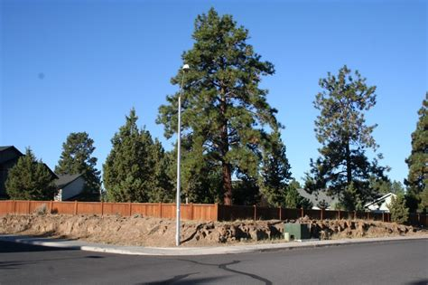 china doll bend oregon corner lot in tanglewood listed by kohlmoos