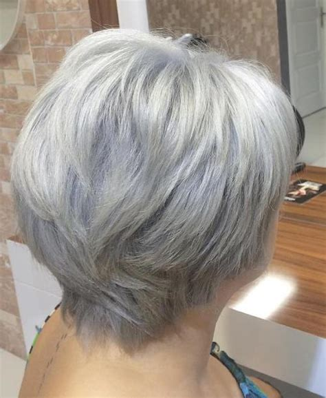 Hairstyles For 60 With Gray Hair by 60 Gorgeous Hairstyles For Gray Hair