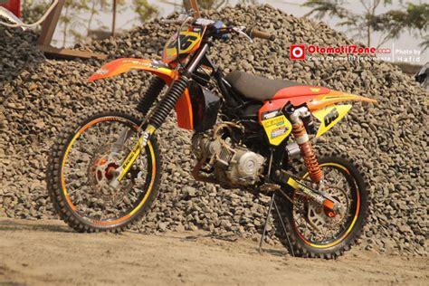 Skok Belakang Megapro 150cc Monoshock jupiter z 2010 kendal bebek grasstrack shock belakang