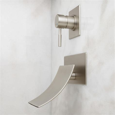 wall mount faucet for bathtub how to fix wall mount bathtub faucet the homy design