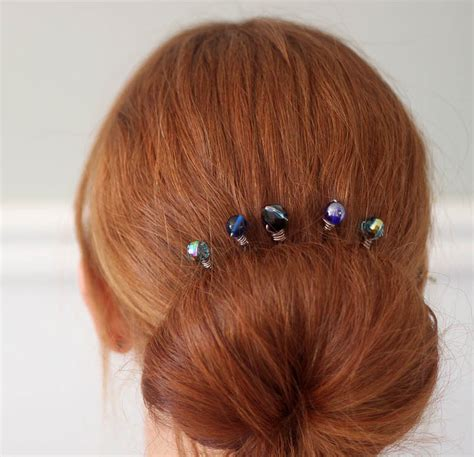 hairs pins with bead to decorate hairs how to make wire wrapped beaded hair pins simple craft ideas